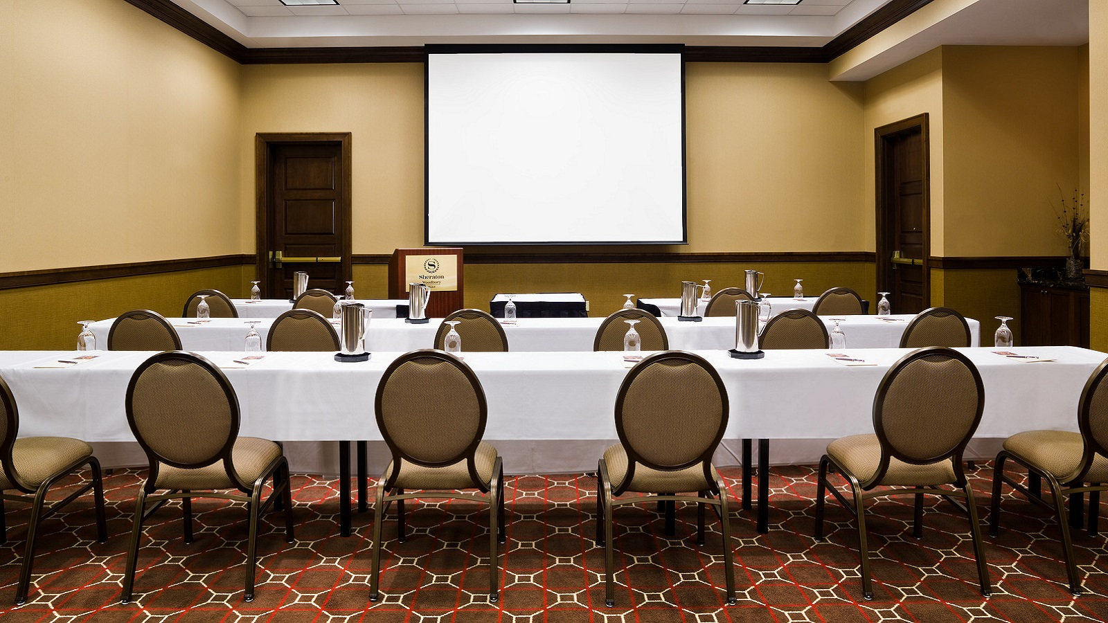 simplify your meetings at sheraton st paul woodbury